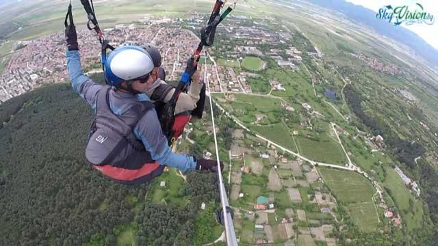 Можете ли да подарите полет с парапланер на любим човек?