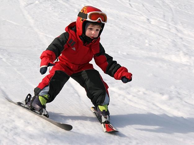 skiing-kid