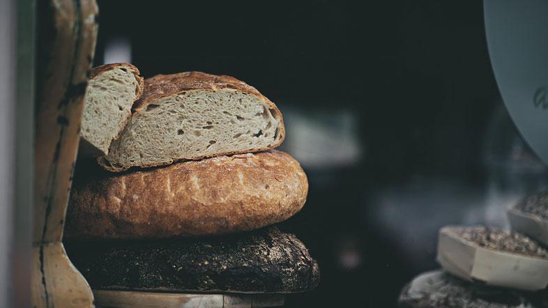 Как да се запишете на курс за производство на хляб?