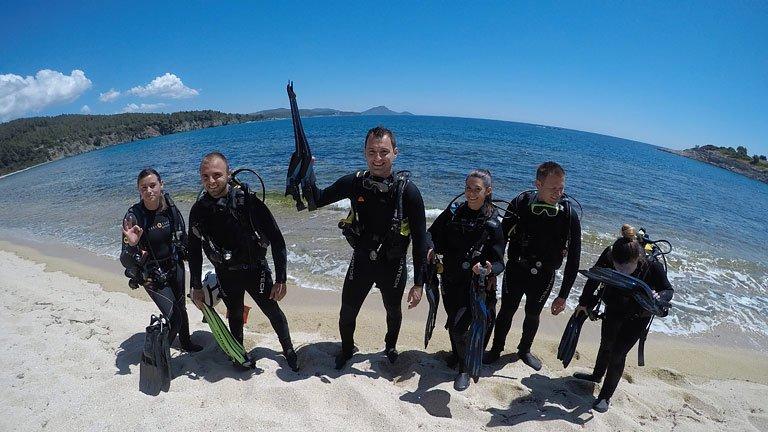 Как да се включите в организирано гмуркане с акваланг в Гърция?